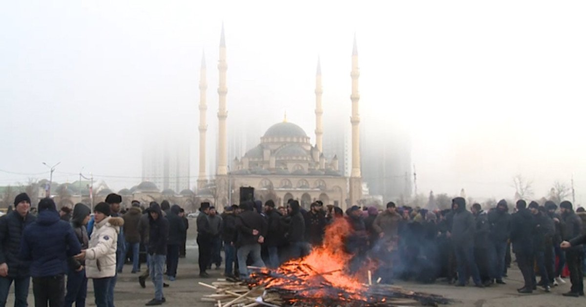 In Chechnya, held a rally against ISIS