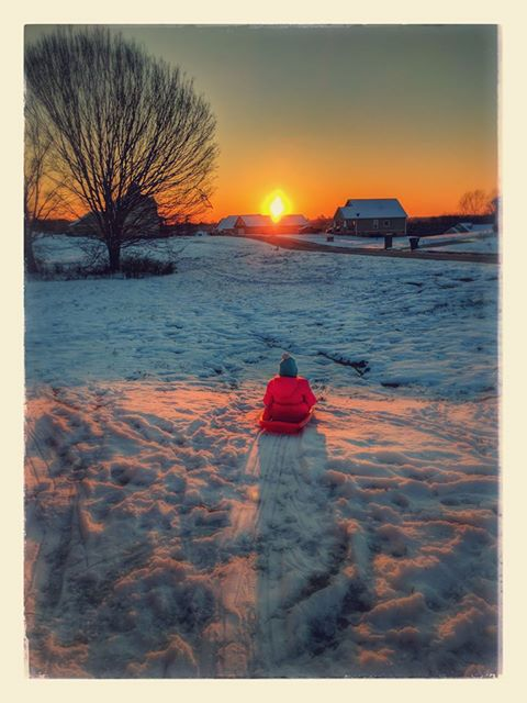 PHOTO OF THE DAY 1/8/16: Love this #sunset photo from Jessica Eckhardt-Wood in Maryville #tnwx Thanks for sharing #snowpocalypse2017 #snOMG<br>http://pic.twitter.com/APJWceVpdE