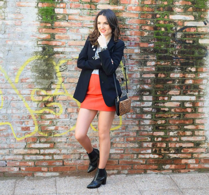 Leather red skirt & pointed booties
