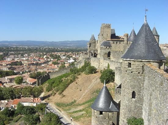 Top destination Hôtels Pas Chers à Carcassonne avec les avis clients https://t.co/hhCqc6jIyA https://t.co/BJpeWkGne7