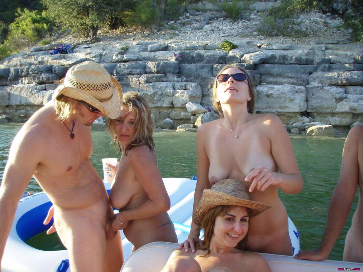 Vista nudist camp