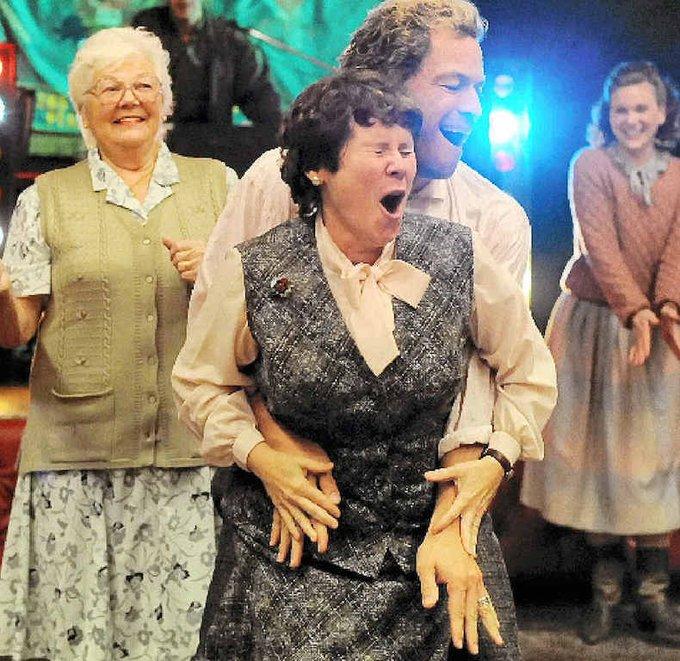 Happy Birthday to the wonderful Imelda Staunton. I\m honoured to share my birthday with her!