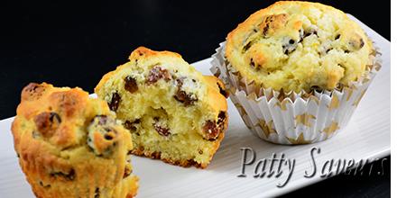 De délicieux muffins aux raisins et zestes de citron!  http://www. pattysaveurs.com/fr/sucre/285-m uffins-au-citron-et-raisins.html &nbsp; …  #fooding #food #cuisine #news #recettes #recette #foodaddict<br>http://pic.twitter.com/dX6199Cpfj