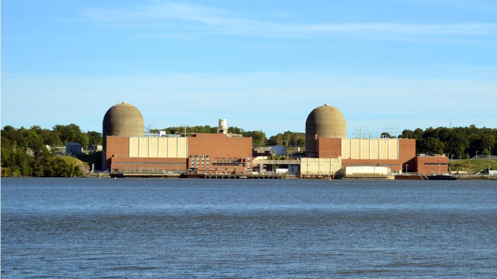 NEWS: @Entergy & NY officials agree on @Indian_Point closure in 2020-2021 https://t.co/xfyfOlJ7ie https://t.co/FHrO02Z95X