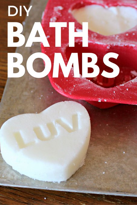 How To Make Homemade Bath Bombs for your Valentine: