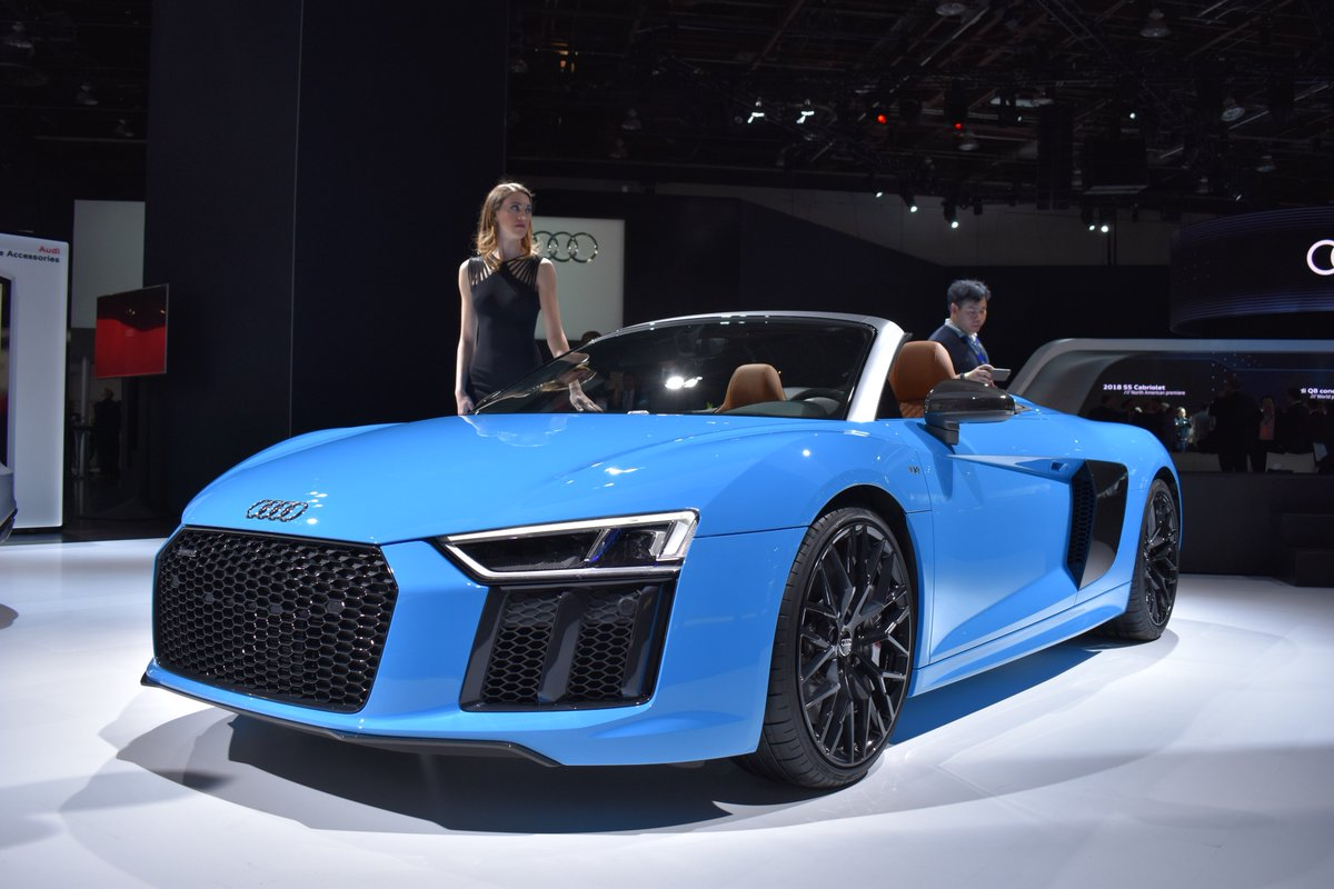 @Audi R8 in a very extroverted color at #NAIAS2017 #Audi #supercar @dt...