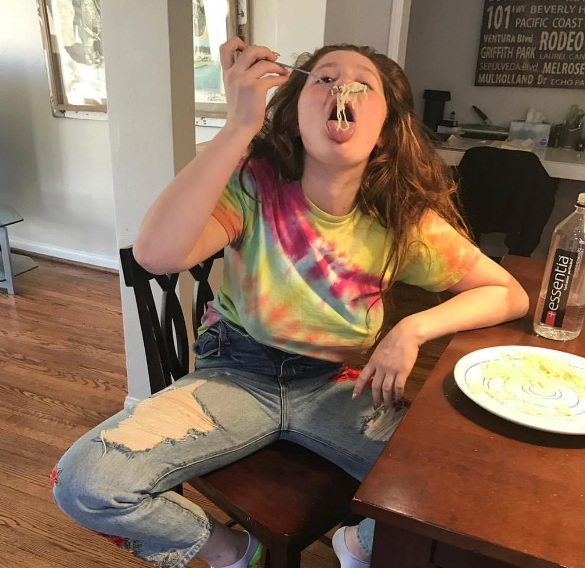 2019 year for lady- Pants unbuttoned after eating photo