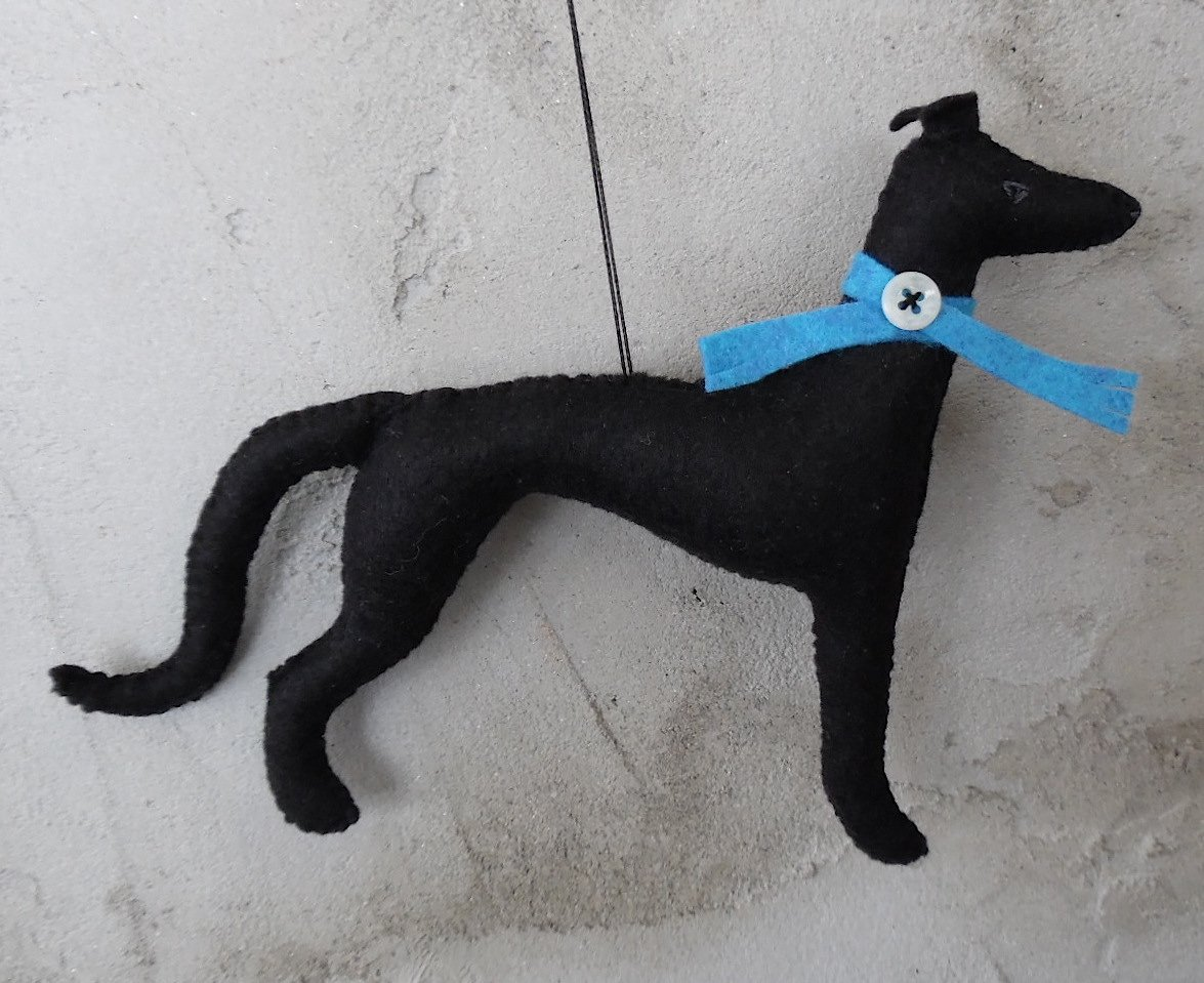 Meet justice - a sweet little #greyhound for all you hound-lovers! by DogBarks https://t.co/EdxIy0V0ou #felt #black https://t.co/G9PFTCpULW
