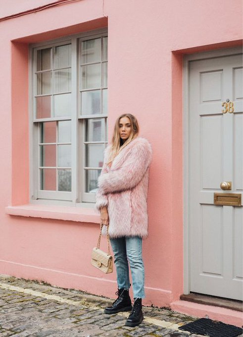 How to Wear a Pink Faux Fur Like This Blogger