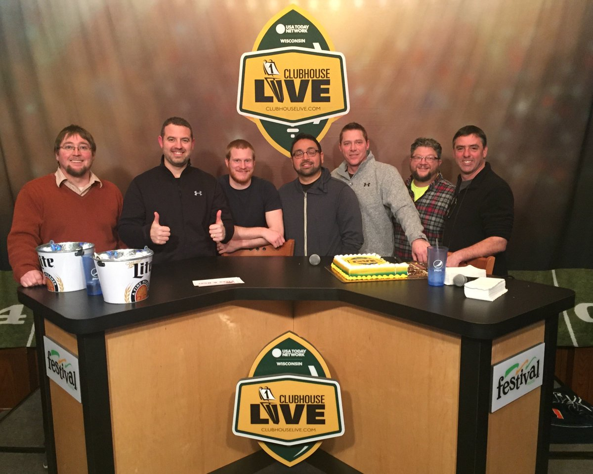 Shout out to @itsCrab, @kuhnj30, @DBak69 and of course @TyMontgomery2 for helping us achieve 200 #Clubhouse Live shows. Appreciate you guys. <br>http://pic.twitter.com/W6GwmMqTeB