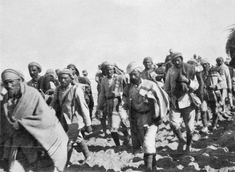100 عام على الحرب العالمية الأولى: آلاف الأتراك كانوا أسرى في معارك شبه الجزيرة العربية C1xC7oHUAAAzofX