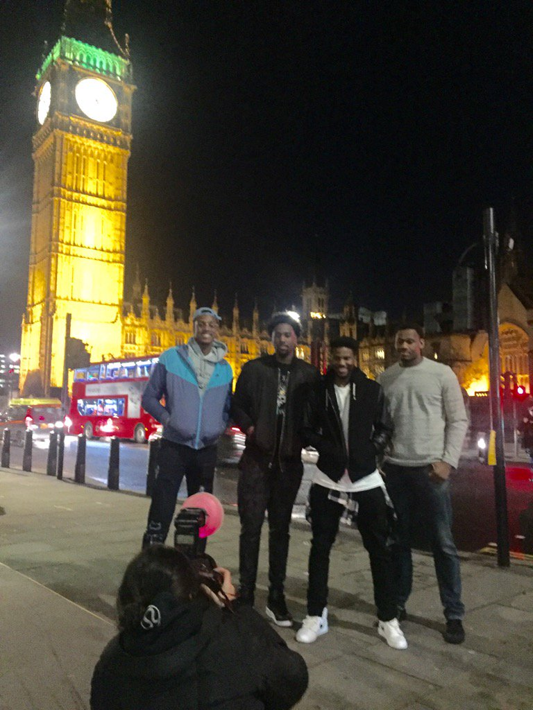 asm sports on original turner r xmas mbeasy asm sports on original turner r xmas25 mbeasy5 chefvoyardee checking out big ben in london t co zmoya7trma