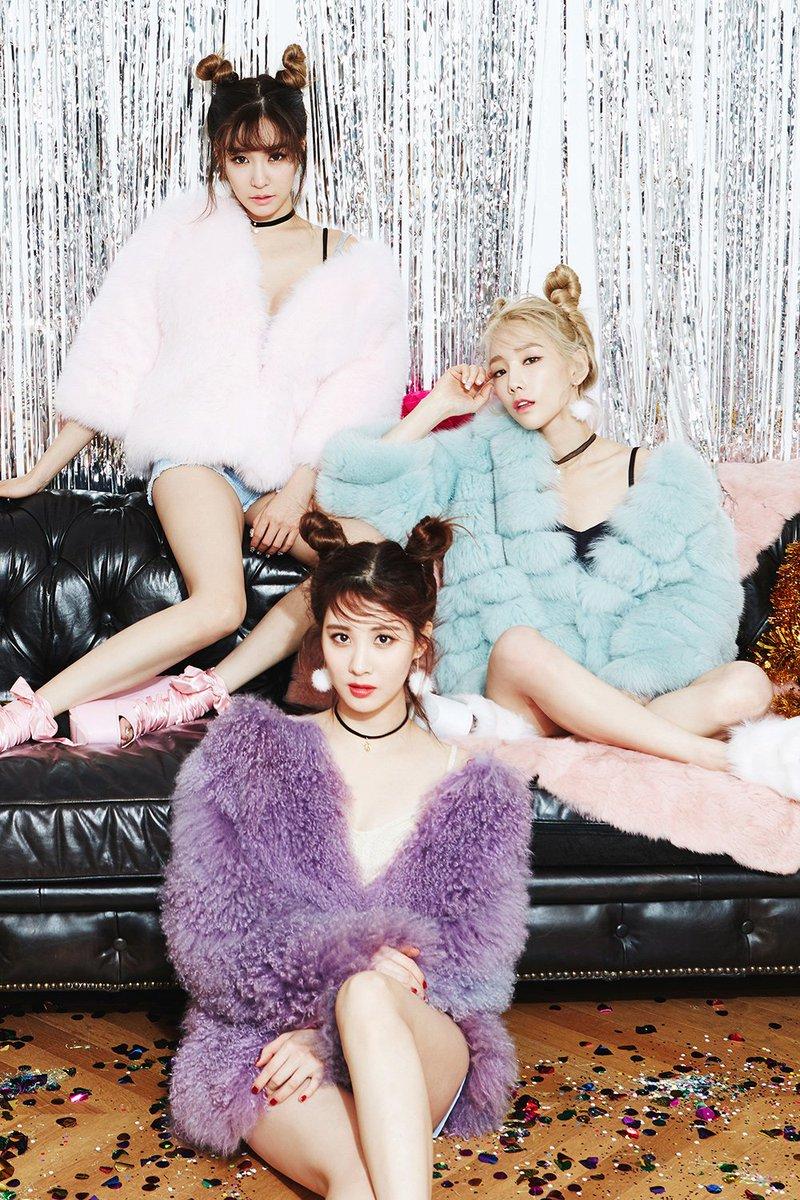 จากวง สู่ ยูนิต  จากยูนิต สู่ โซโล่ แททิซอมีโซโล่กันทุกคนแล้วววว   มีใครให้มากกว่านี้มั้ยจ๊ะ &lt;333 #TTS #Taeyeon #Tiffany #Seohyun<br>http://pic.twitter.com/XcH6BGJVA4