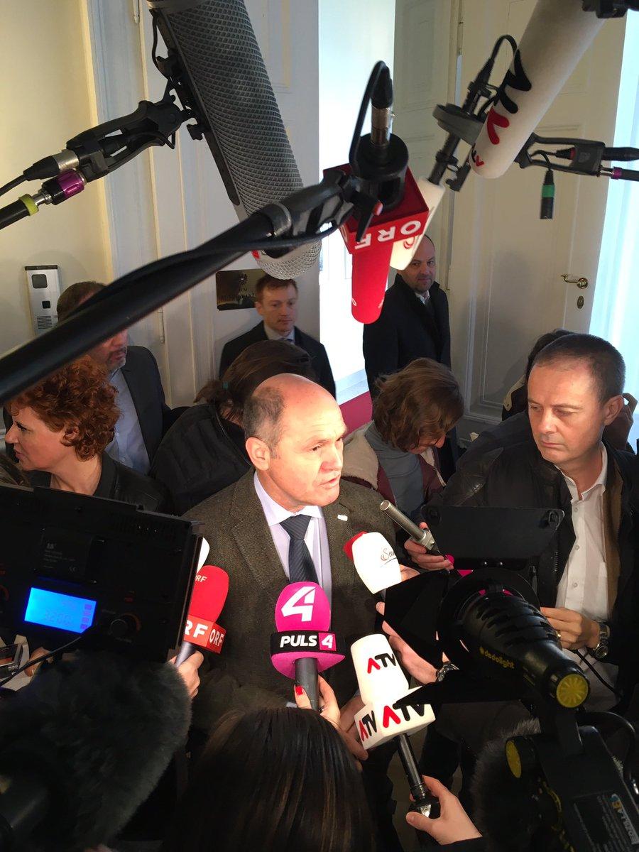 Gibt Überlegung, europäische #Arbeitszeitregelung zu übernehmen: max. 48h pro Woche, Aufteilung im Betrieb. #Sobotka #Ministerrat #EU #ÖVP