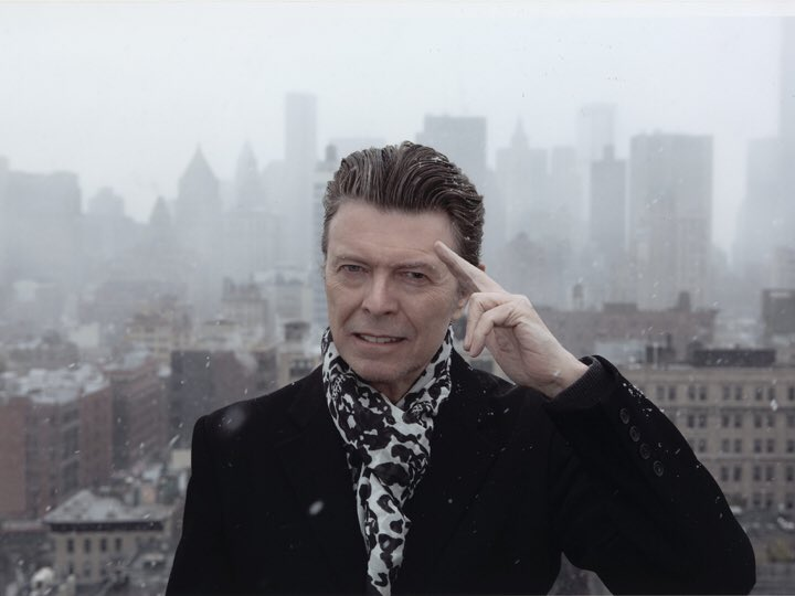 Spending the day binge watching #GreysAnatomy  was gonna be an emotional day anyway thinking of #DavidBowie so why not #RockInPeace <br>http://pic.twitter.com/IMSUzjXHzL