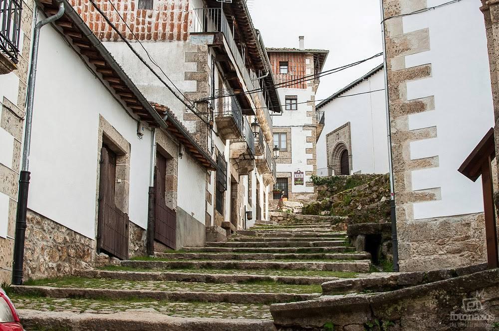 ¡Qué maravilla pasear por las calles de Candelario! #Salamanca  Foto: @Fotonazos<br>http://pic.twitter.com/4k0aMC371c