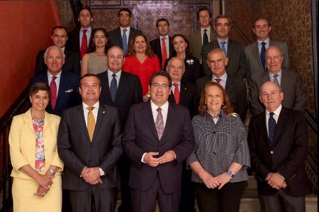 El próximo 16 de febrero tendrá lugar la 1ª reunión de la Junta Directiva de @AFA_Fundaciones de 2017 #ilusión #ong #fundaciones<br>http://pic.twitter.com/PQSsrLBhjm