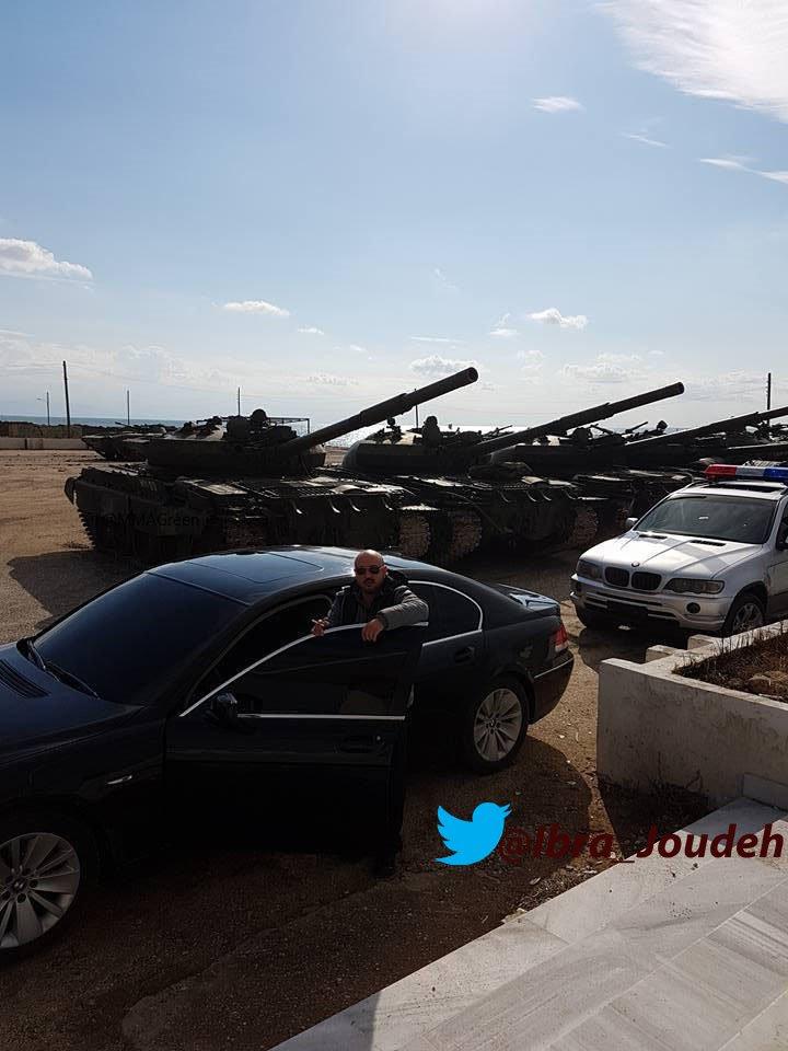 الدبابه T-62 السوريه ودورها في الحرب القائمه هناك  C2-aX1gWIAANFgg