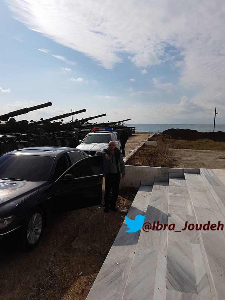 الدبابه T-62 السوريه ودورها في الحرب القائمه هناك  C2-aX1jXAAAP3sJ