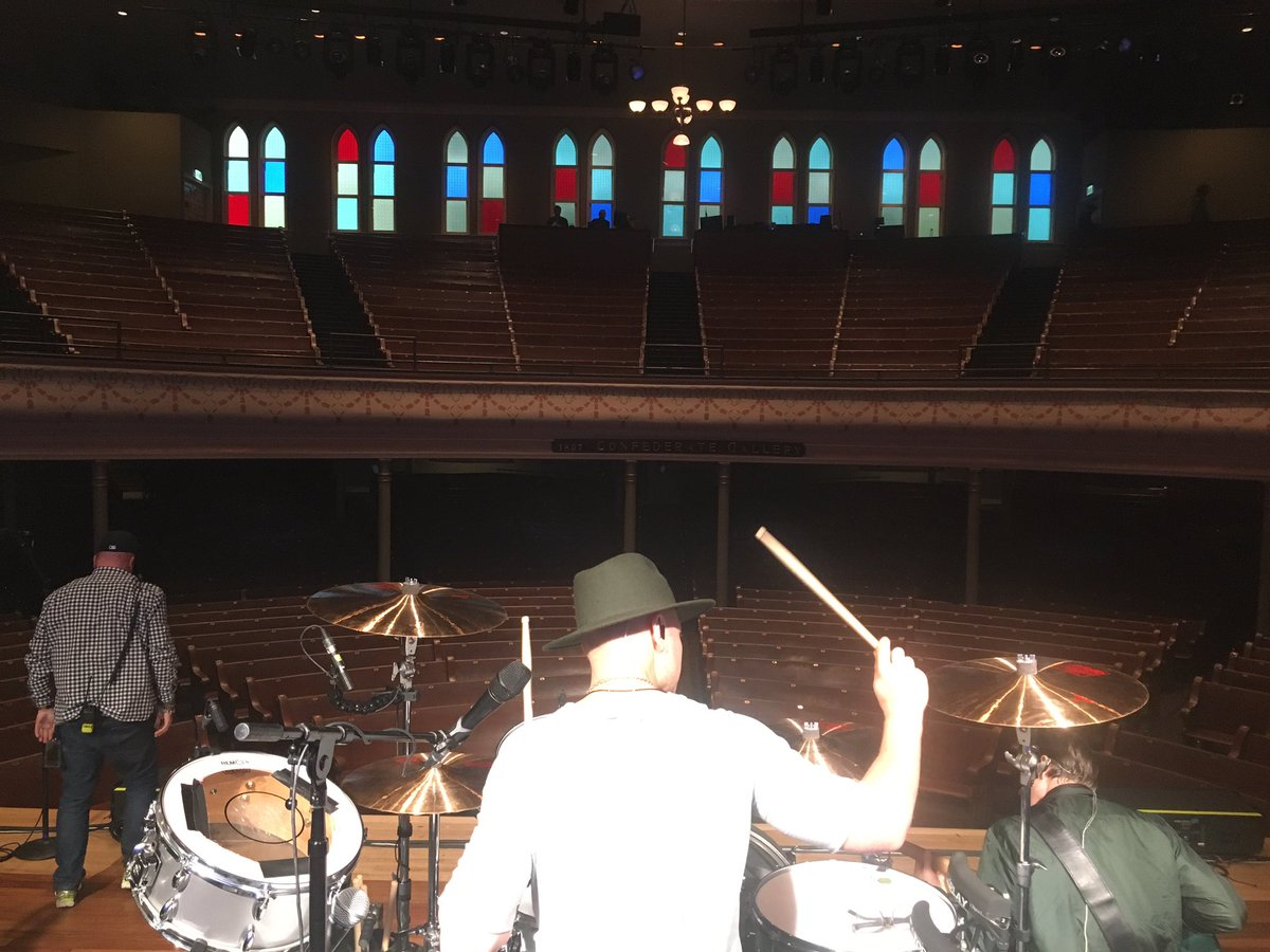 Hope the rain won\'t deter you guys from coming out? See you inside in a couple of hours @TheRyman with @LukasGraham!