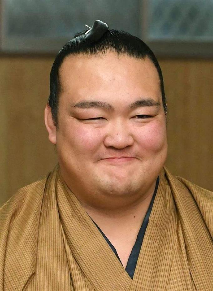 初優勝の稀勢の里が会見 横綱昇進確実 sankei.com/photo/story/ne…