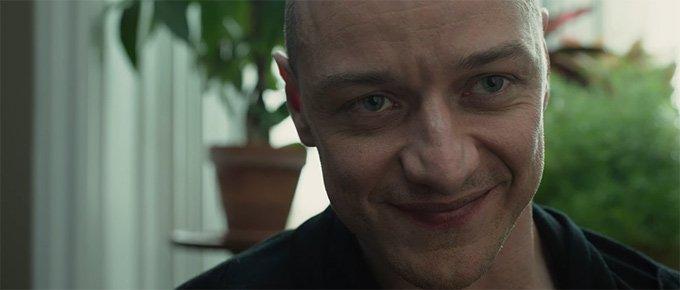 M・ナイト・シャラマン監督の新作ホラー&ミステリー映画『Split』23人の人格を持つ重人格者が3人…