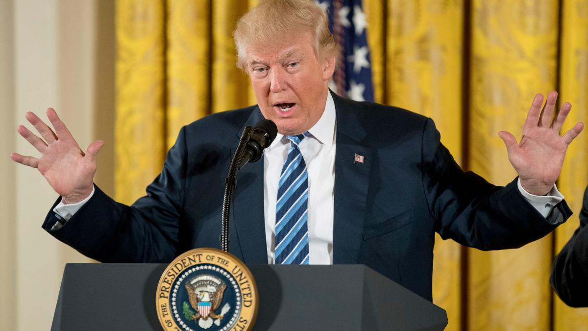 Neuer US-Präsident: Das solltet ihr über Trumps erstes Wochenende wissen https://t.co/xniIsXiVbj https://t.co/c5tAcdWWoU