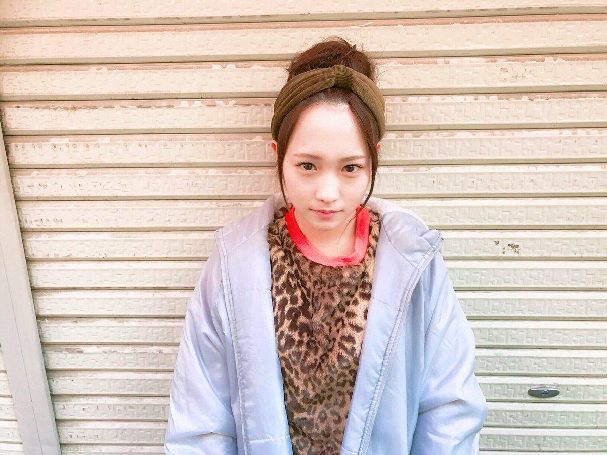 大阪=ヒョウ柄  みたいな柄強めのイメージあるけど、実際みんなシンプルだろうなぁ🙄 と思ったけど、ま…
