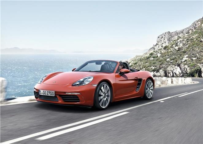 Richiamo Auto Porsche per cablaggio difettoso sugli airbag
