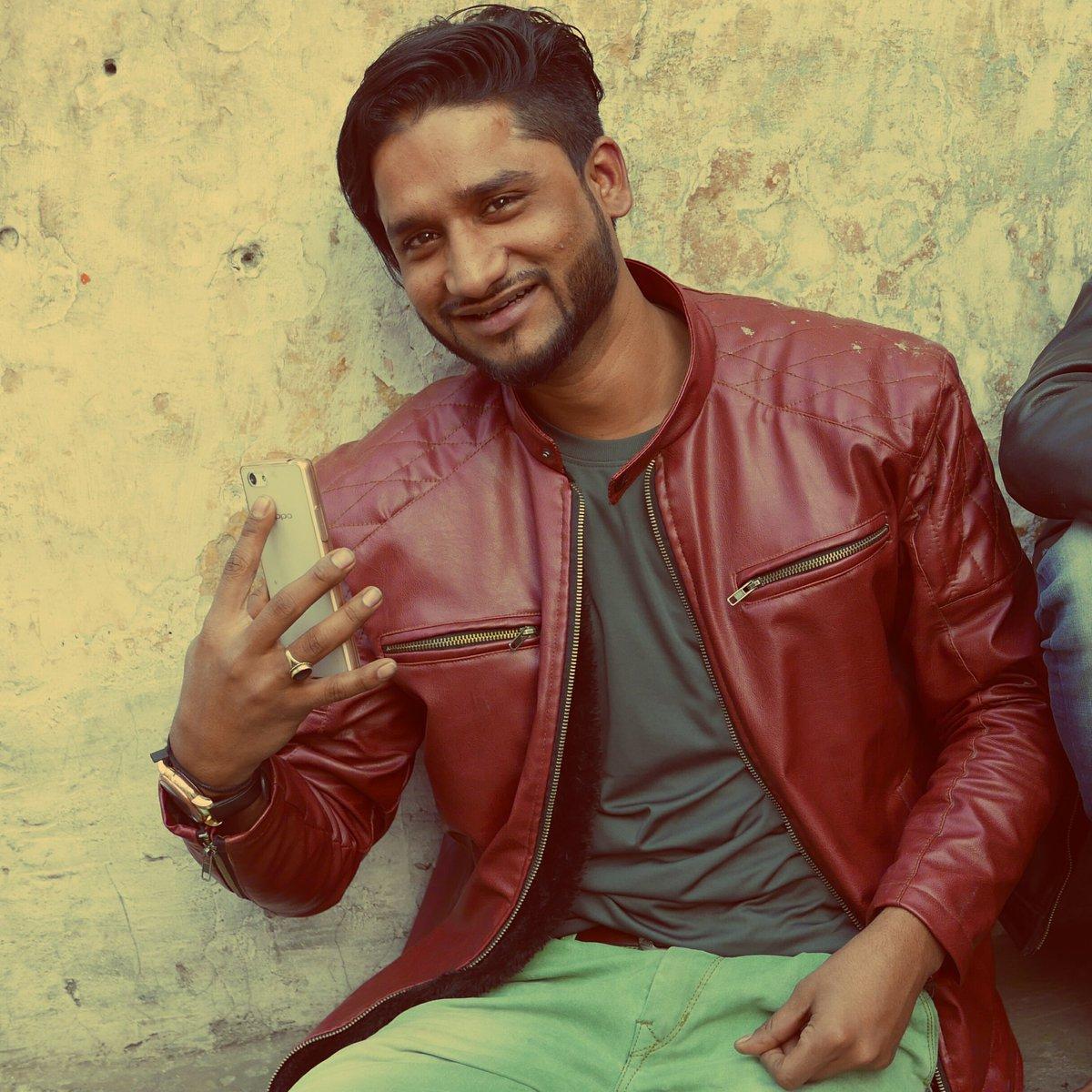 J&#39;ai croisé Cyril Hanouna à Jaipur en Inde!!! #CyrilHanouna #Jaipur #Inde #Rajasthan #voyage #travel <br>http://pic.twitter.com/TmXxMMMrYc