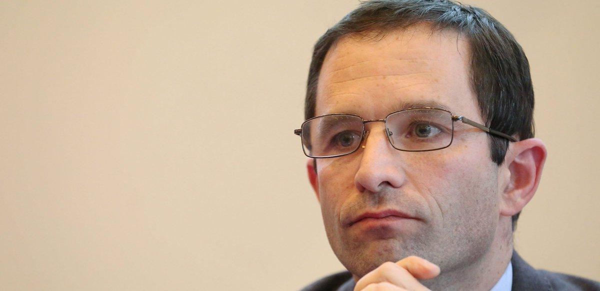 #RealEstate Rehausser les quotas de logements sociaux : cette dangereuse idée de Benoît Hamon  http:// dlvr.it/NB414B  &nbsp;  <br>http://pic.twitter.com/nwYbn0Q0ZA