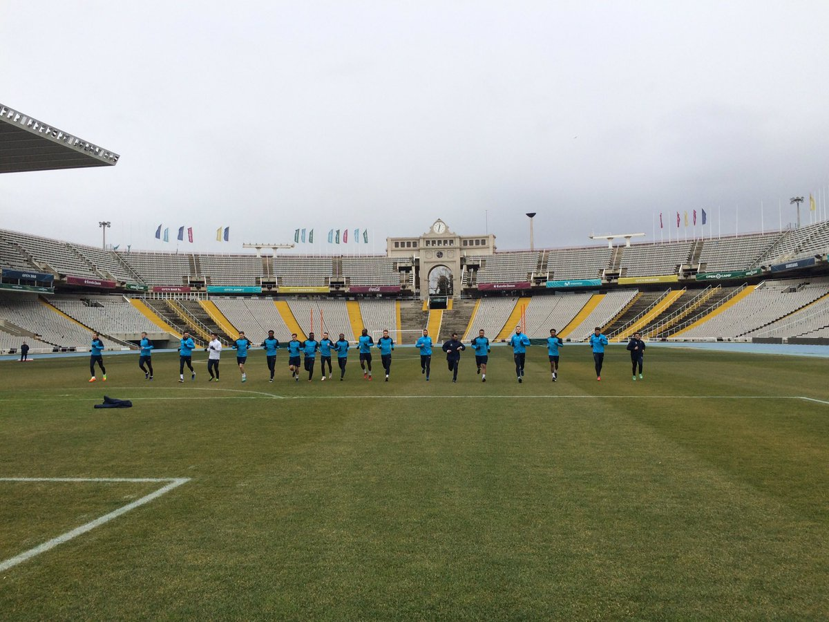 Training is under way in Barcelona at the Olympic Stadium. 💪 #COYS htt...