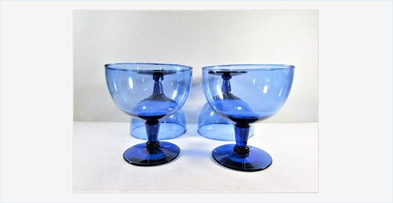 #CobaltBlue Glass #Sherbets #Champagnes Glasses #Stemware Set of 4 #vintage  http:// bit.ly/2jELu2n  &nbsp;  <br>http://pic.twitter.com/7lTfPnittX