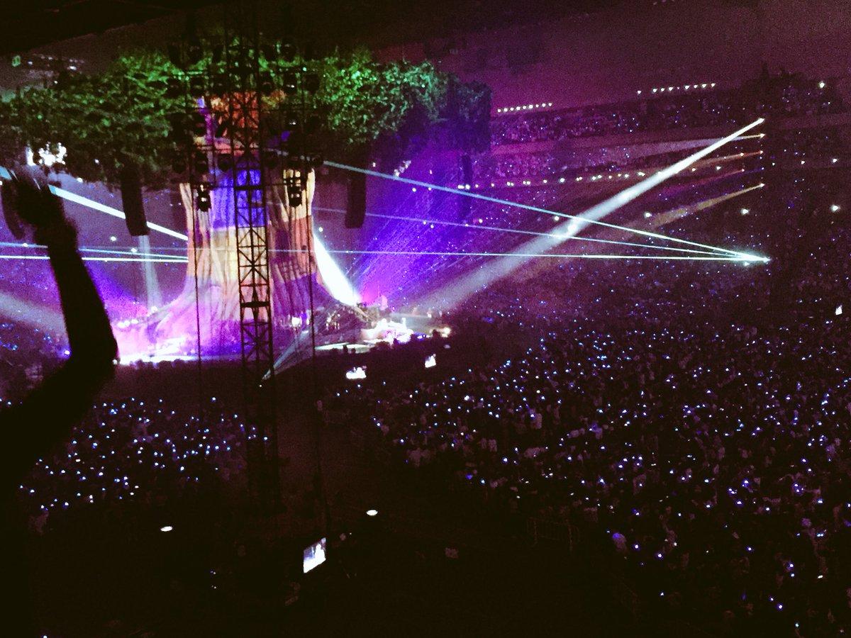 セカオワのライブは何度行っても楽しいなっしなー♪ヾ(。゜▽゜)ノファンタジックなステージで最高だった…