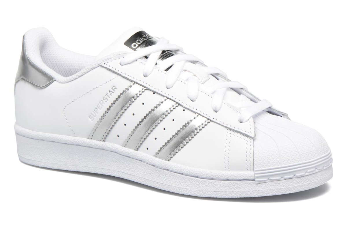Women&#39;s Adidas Originals Superstar W Lace-up Trainers in White #Sarenza #Fashion #Shoes #Bags #Deals -  http:// wp.me/p6RLYi-7eg  &nbsp;  <br>http://pic.twitter.com/PR5eZjA7iv