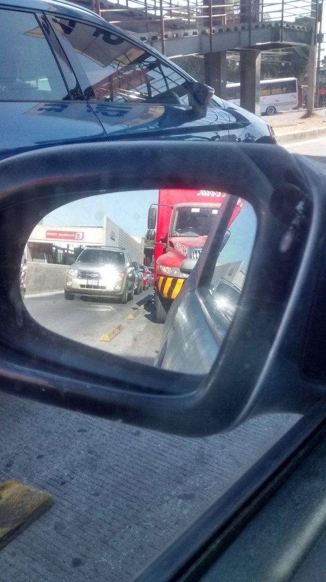 Señor @eruviel_avila es de verdad un carril exclusivo exclusivo en la #LopezPortillo ???? #dudarazonable<br>http://pic.twitter.com/qUBpy4lJxs