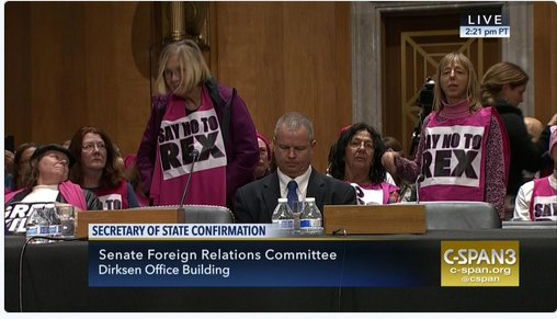 United States Army Colonel Anne Wright, who left in protest of Iraq War, protests against confirmation hearing of Rex #Tillerson. <br>http://pic.twitter.com/BlhgiJ40NG
