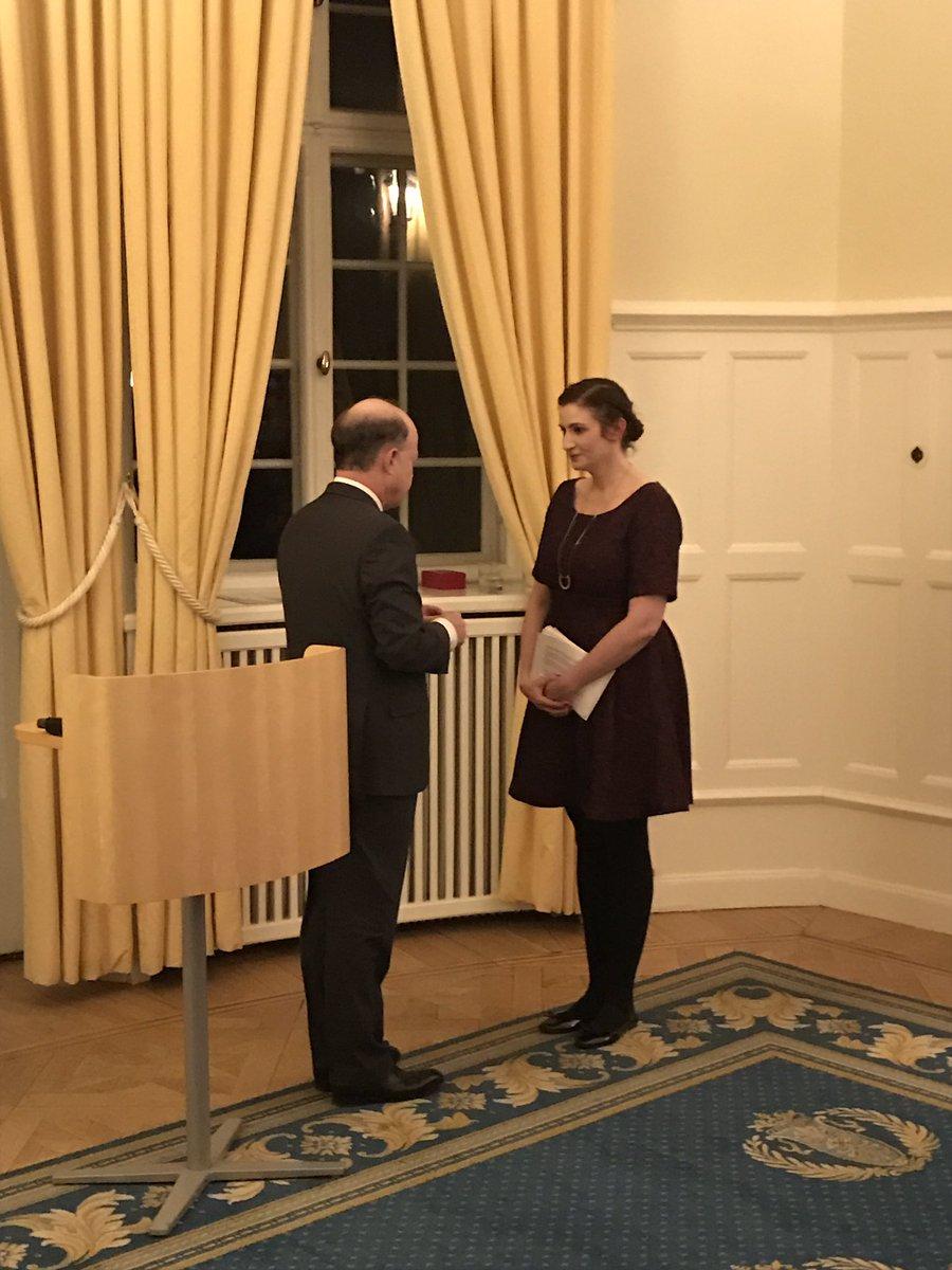 Proud to see @birgittaohlsson honoured Ordre national de la légion d&#39;honneur @FranceinSweden f dedication to #Europe #Humanrights #democracy <br>http://pic.twitter.com/Jk9Vnj40ik