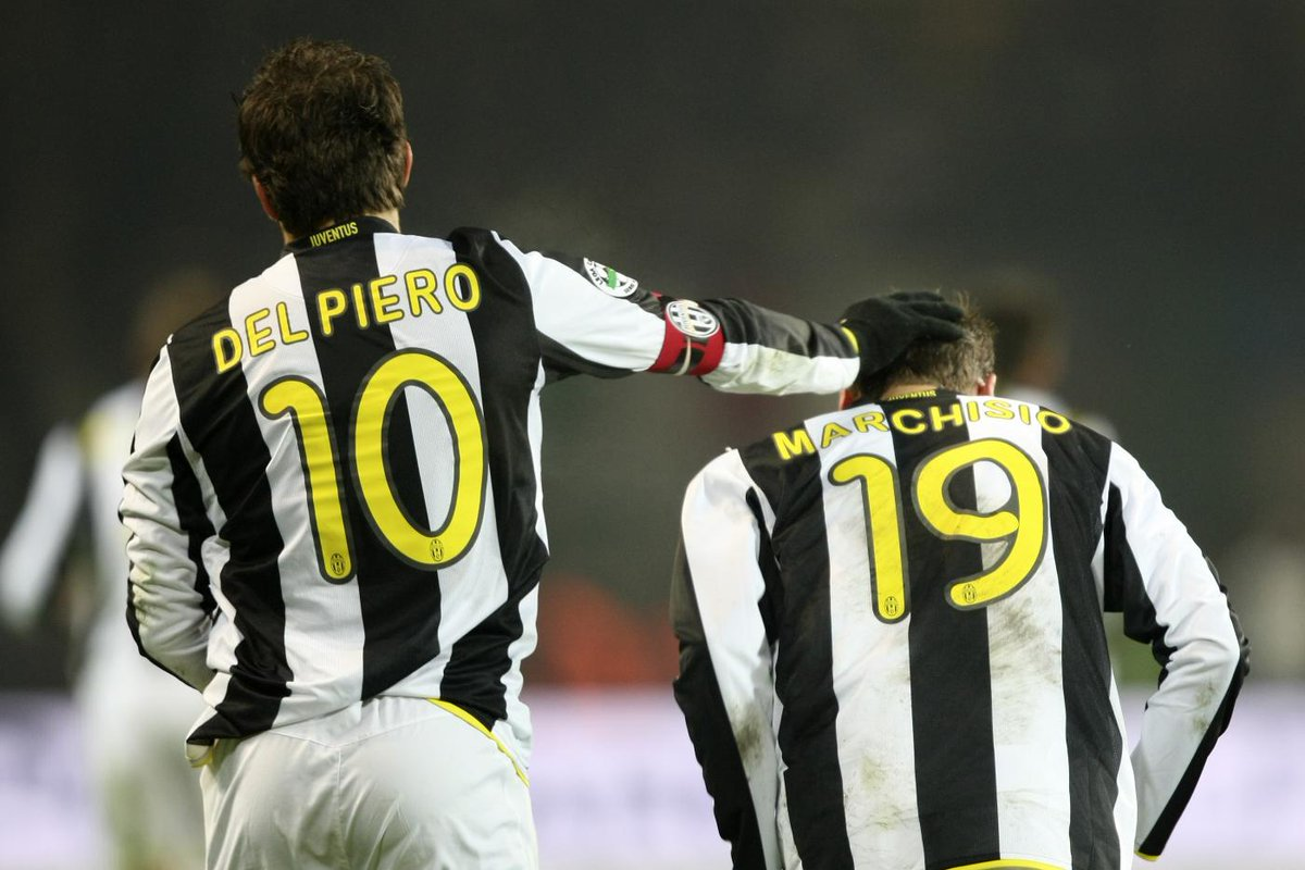 🗓 #OnThisDay in 2009 ⚽ no. 1 for @ClaMarchisio8 👉 @delpieroale ⚪️⚫️ #F...