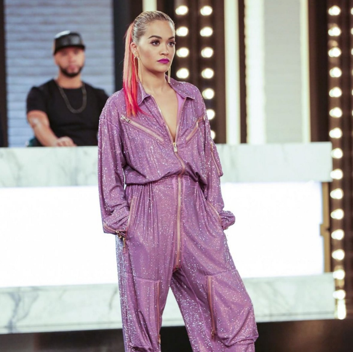 #ANTM starts right now! RT if you're watching + tweeting along with @A...