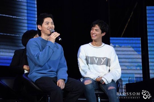 Song Joong Ki And Park Bo Gum Talk About Emotional 'Bromantic' Moment...
