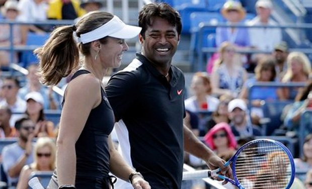 #AustraliaOpen: @Leander Paes with his Swiss partner @mhingis sail int...
