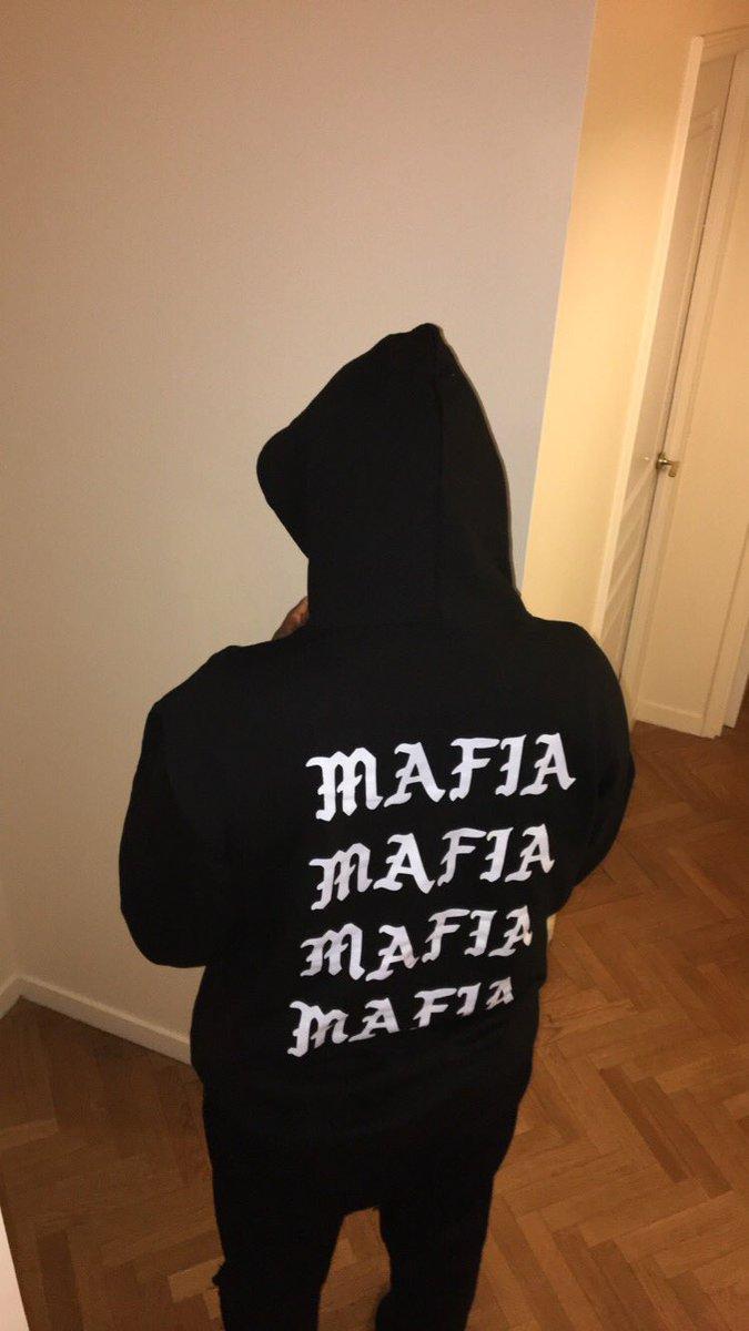Yeezy mafia on twitter fit pics for Yeezy mafia tabelle
