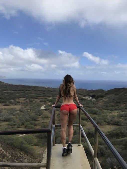 #teaganpresley #happiness #love #life #Hawaii #teaganinhawaii https://t.co/pBAnZAtQe5