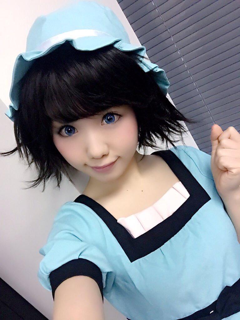 トゥットゥルー♪こひしぃ☆です 今日は渋谷のタワレコさんへ行ってきます 先輩さんに沢山会えるかなぁ 一緒にジューシーからあげナンバーワ〜ン♪...