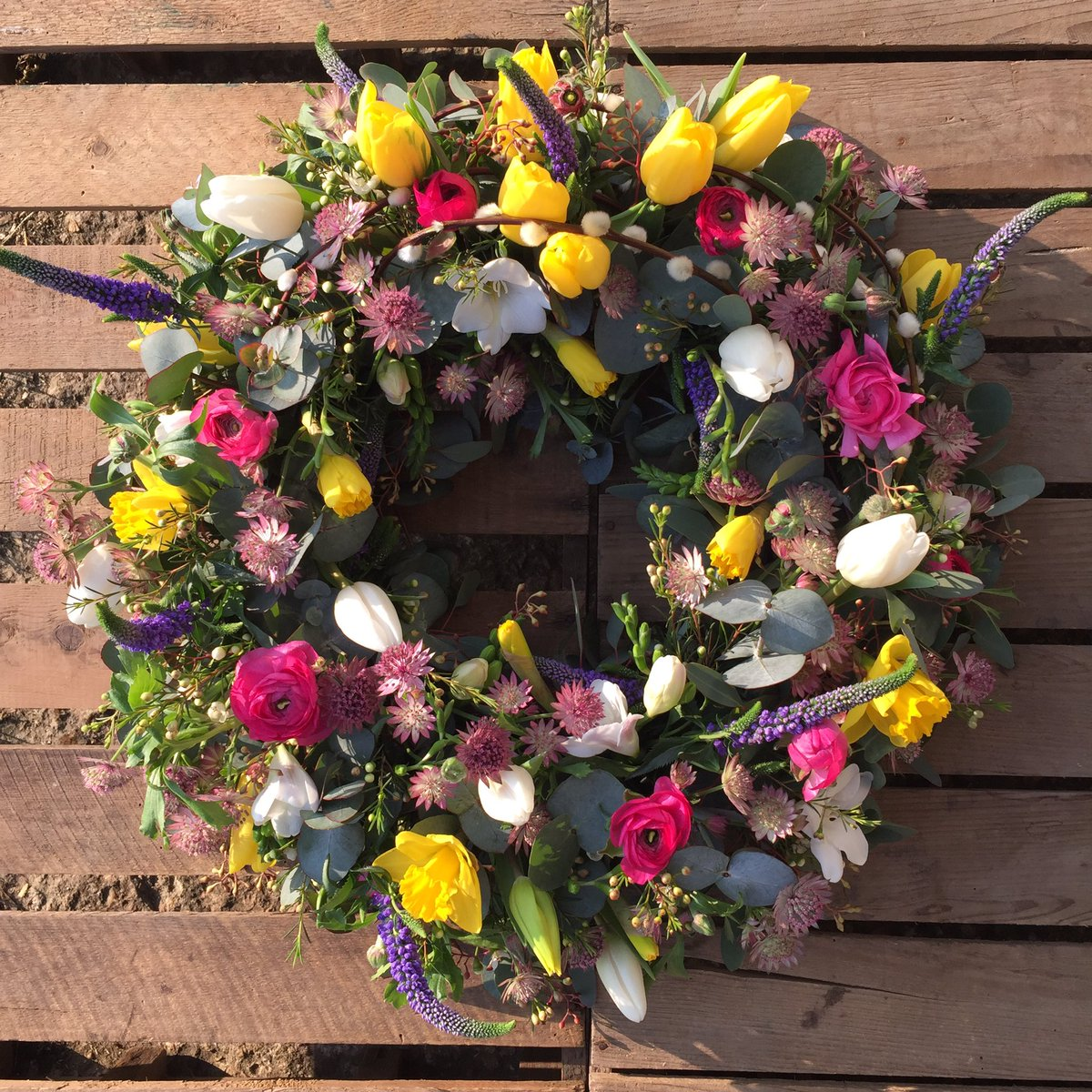 Hannah rose flowers hroseflowers twitter bright and colourful was the order of the day for these funeral flowers for my nan yesterday tribute floristpicitter4b5piu73gj izmirmasajfo Images