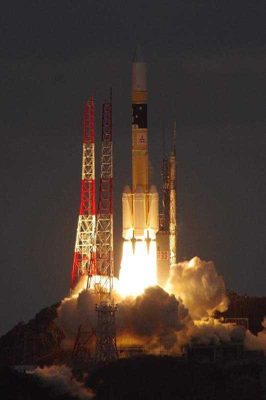 H-IIAロケット32号機打ち上げ! https://t.co/cZsUBVX1Ju