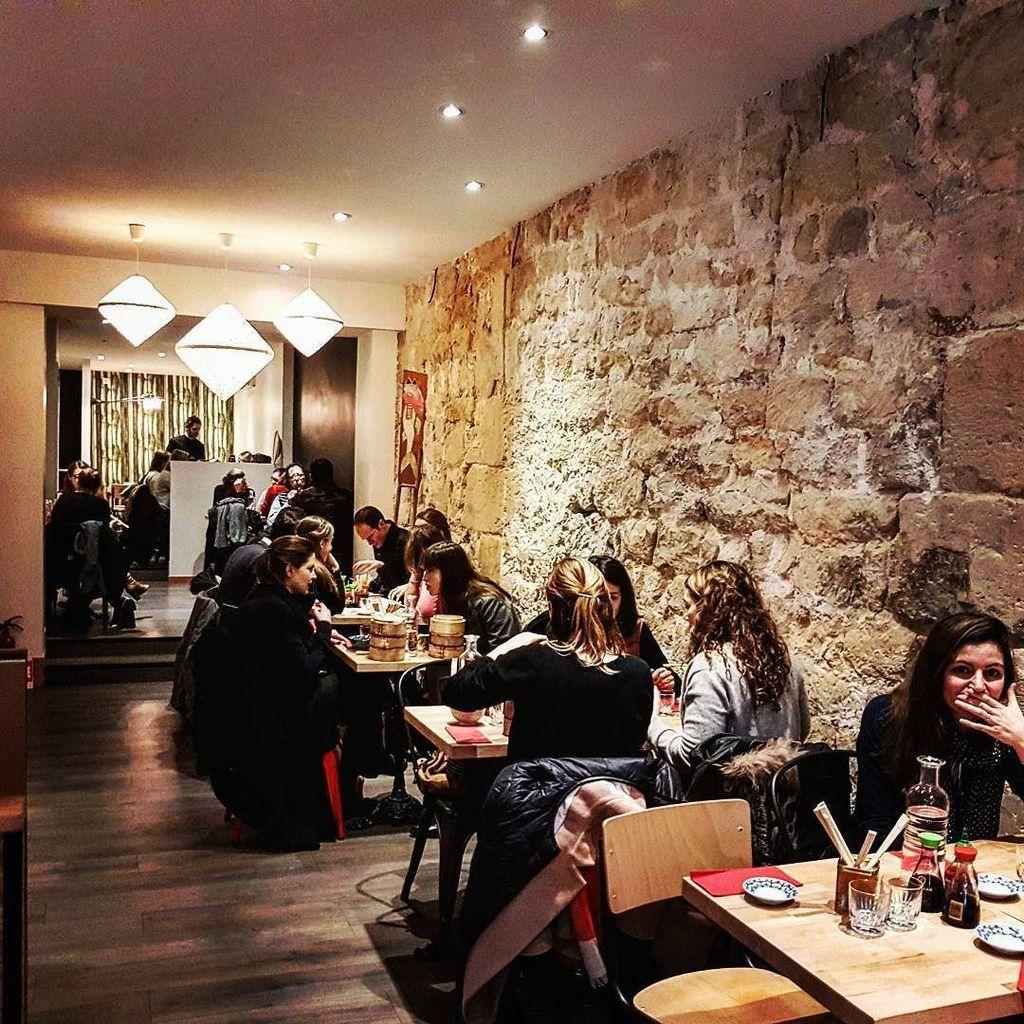 OUVERT 7/7  85 RUE MONTMARTRE  75002 PARIS  #dimsum #paris #kiffe #love #ravioli #dumpling…  http:// ift.tt/2jlwPYZ  &nbsp;  <br>http://pic.twitter.com/a72u09uoNf