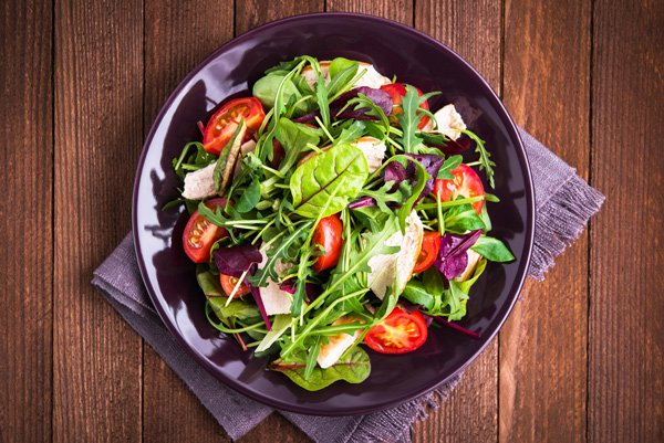 Deeply colored and flavorful, #wintergreens are among some of nature's most nutritionally rich #vegetables. https://t.co/VuQnuGahem https://t.co/SXXvVpIZ3l