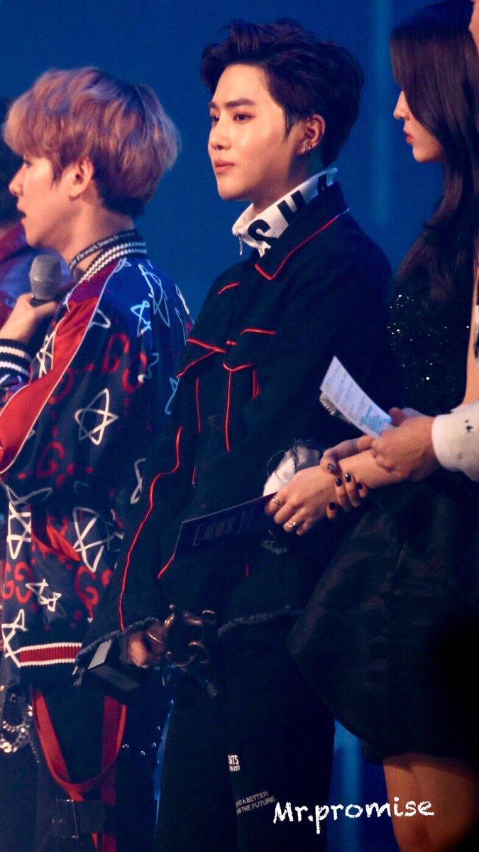 170119 seoul music Awards 26th #Sehun #suho #EXO #EXOluxion  #엑소 #수호 #세훈  #pcy #백현 #찬열  홍콩에서 만나자 ㅠㅠㅠ